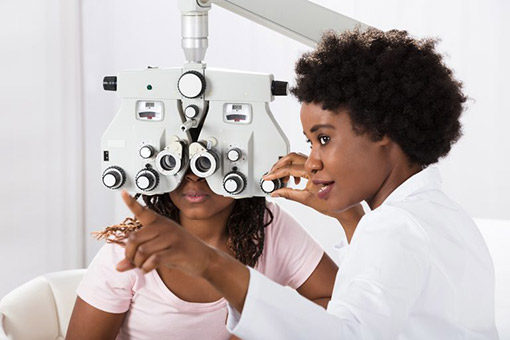 Comprehensive Eye Exam in Deer Park